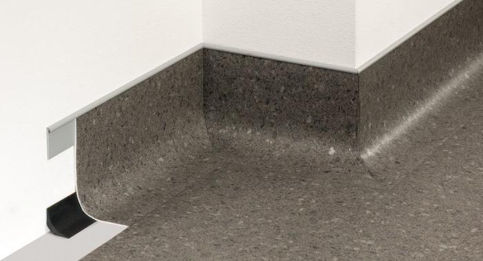 Abschlussleiste f. PVC #20334 Fb. schwarz AL 32/4/3, Länge 4,- m, VE=25 x 4m - Detail 1
